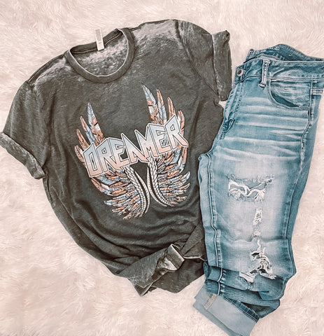 Dreamer Distressed Graphic Tee