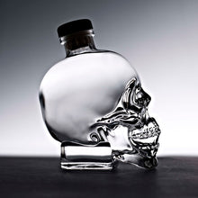 Laden Sie das Bild in den Galerie-Viewer, Crystal-Head-Bottle-0,7_dark