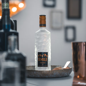 9 MILE Vodka, 0,7l + 9 MILE Vodka Highball Glas
