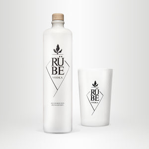RÜBE Vodka, 0,7l + Rübe Becher
