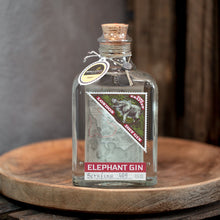 Laden Sie das Bild in den Galerie-Viewer, elephant London Dry Gin