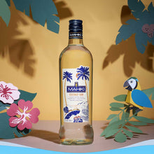Laden Sie das Bild in den Galerie-Viewer, Mahiki Coconut Rum, 0,7l