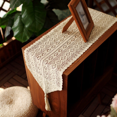 Vintage Lace Table Runner with Tassels Bohemians Style for Wedding Bridal Dining Table