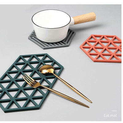 Creative Hollow Longer Version Silicone Antiperm Pad Heat Insulation Coasters Table Mat