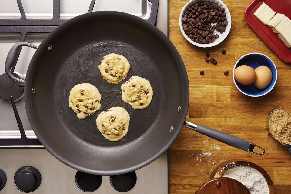 Stovetop Skillet Chocolate Chip Cookies - Anolon Cookware