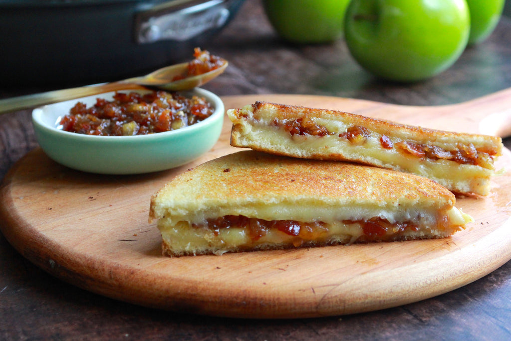 Big Apple-Bacon Grilled Cheese Sandwich