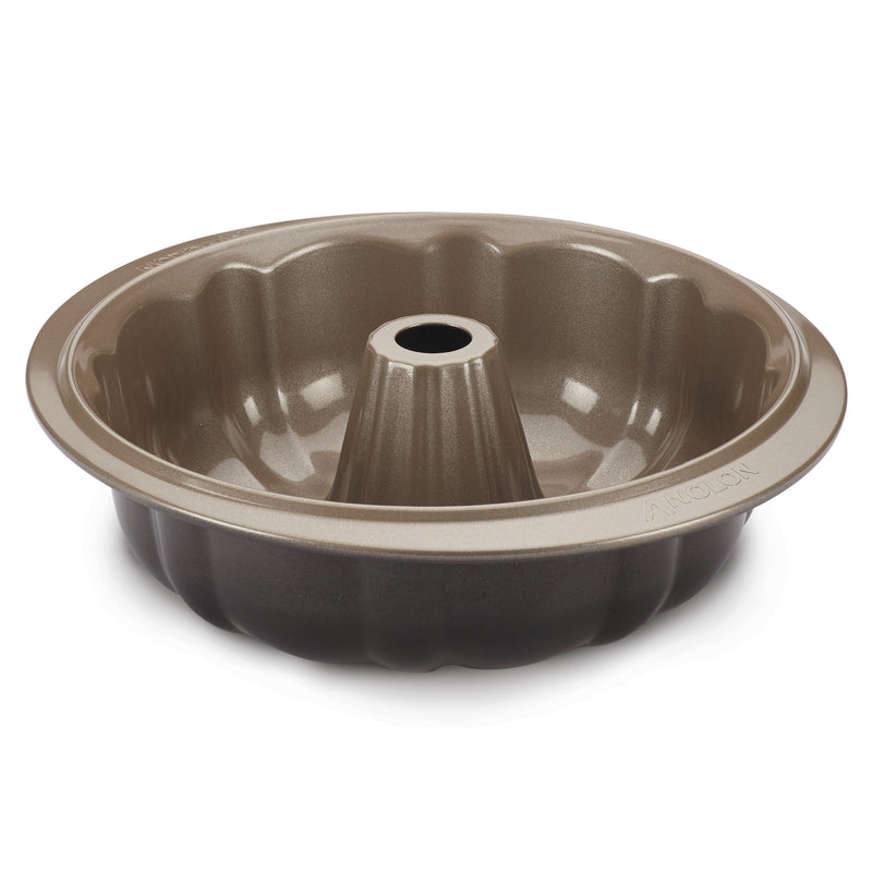 9.5-Inch Fluted Cake Pan