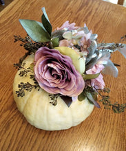 Load image into Gallery viewer, October 7th or 8th Decorated Autumn Pumpkins at LILY AND ROSE FLORAL STUDIO