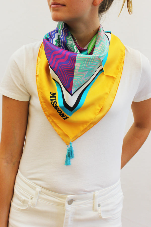 YELLOW PRINT SCARF WITH TASSLES