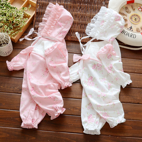 Baby lace jumpsuit with hat