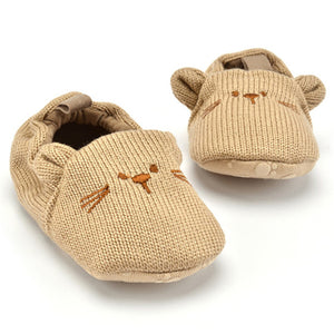 Cartoon knitted baby shoes