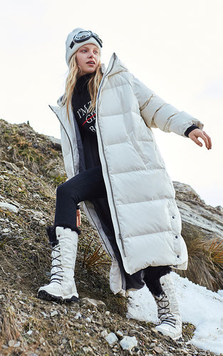 Mid-length long-sleeved down jacket