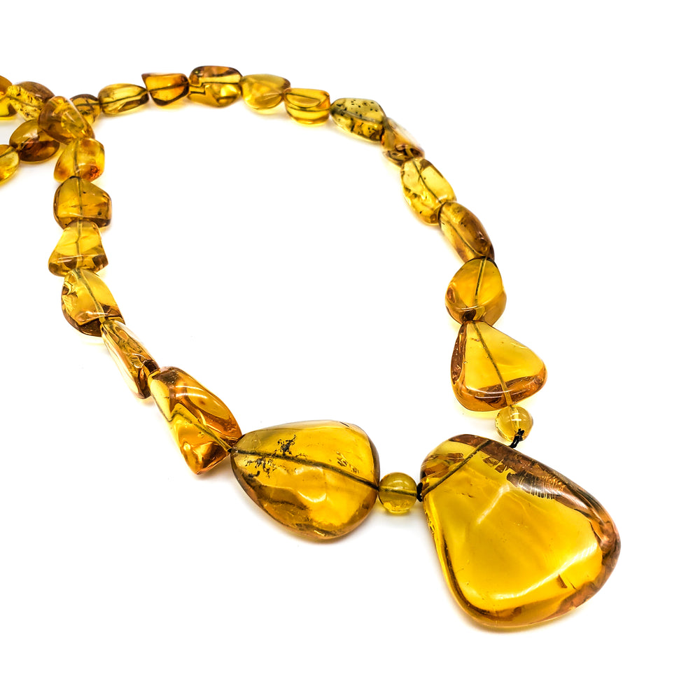 Amber Necklace, Constance