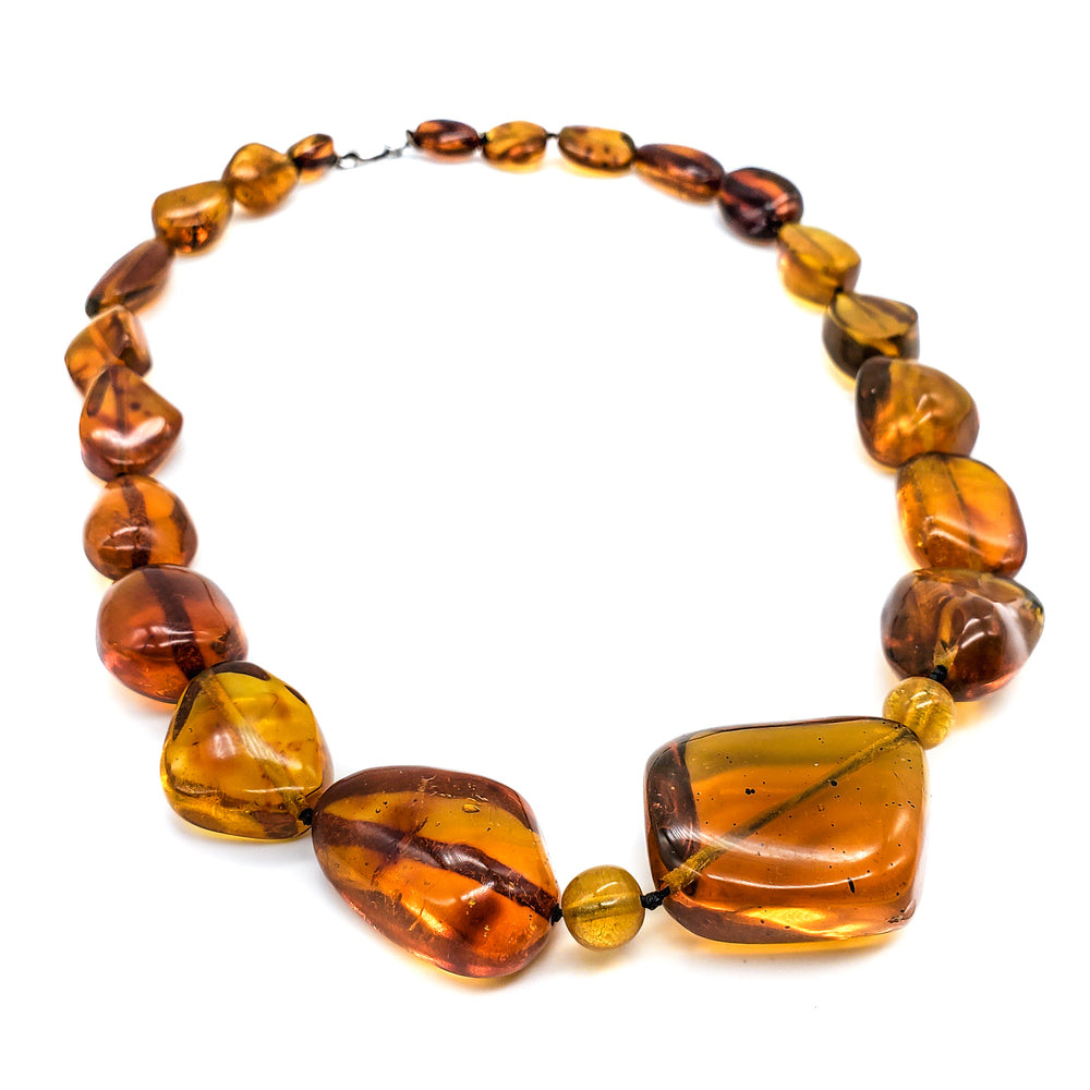 Amber Necklace, Edna