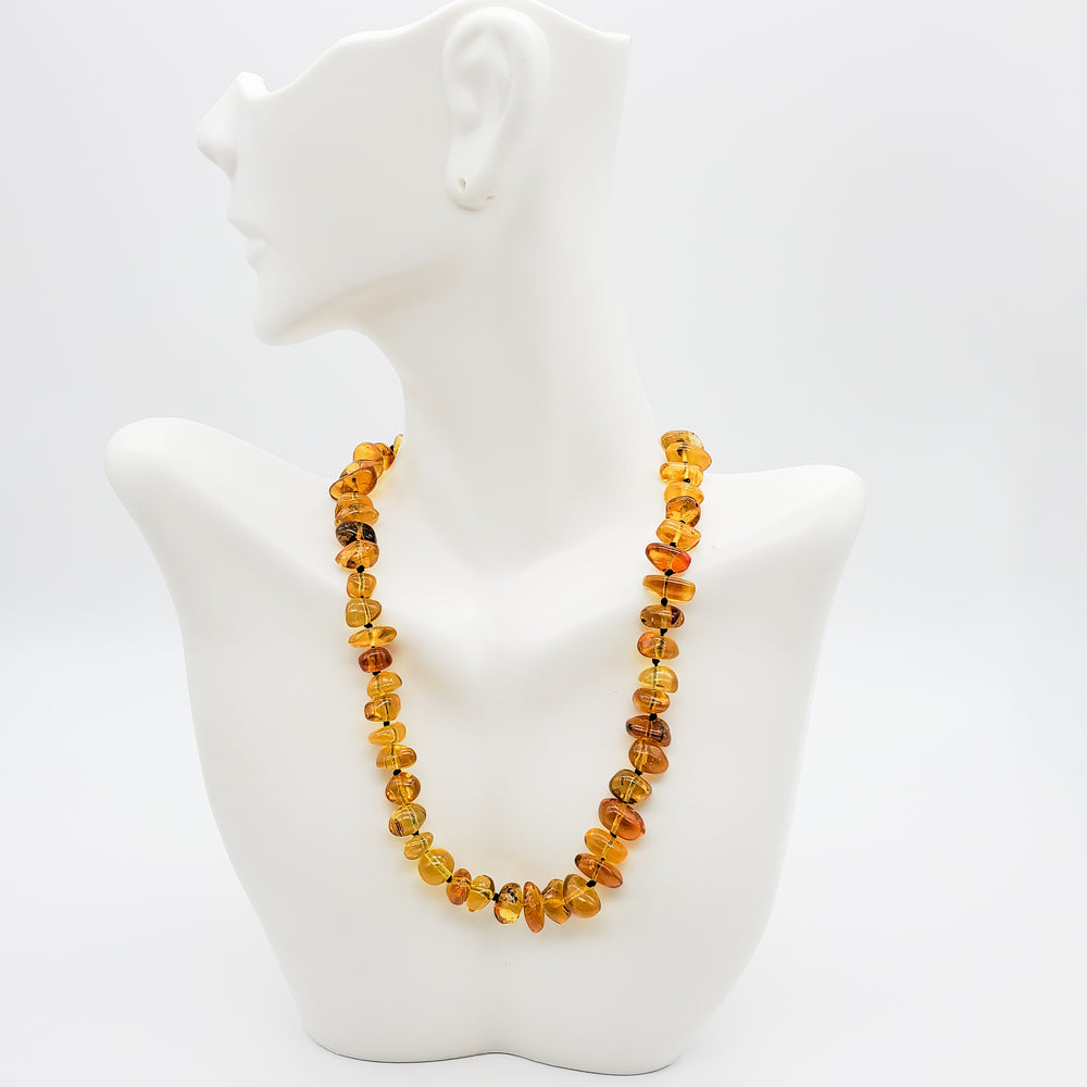 Amber Teething Necklace, Eleanor