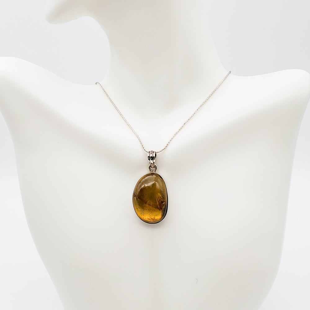 Oval Amber Pendant, Madelyn