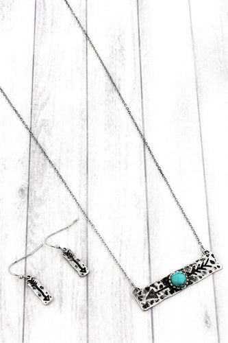BURNISHED SILVERTONE WITH TURQUOISE BEAD ARROW BAR NECKLACE AND EARRING SET