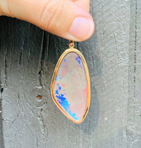 Women's solid 38ct opal necklace yellow gold