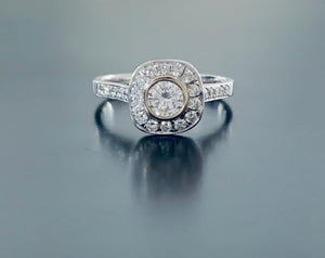 Women's new genuine diamond engagement ring white gold val $7580