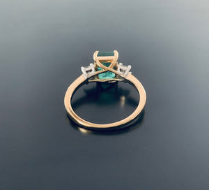 Women's Natural 2ct Emerald and Diamond ring