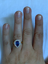 Load image into Gallery viewer, Women's pear cut sapphire & diamond ring