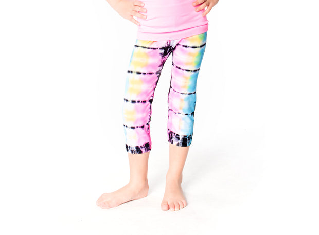 Malibu Sugar Tie Dye  Leggings for Little Girls Model