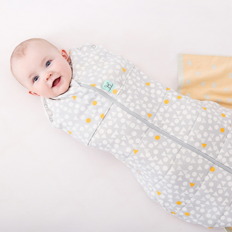 Cocoon Swaddle Bag (2.5 Tog) - Triangle Pops