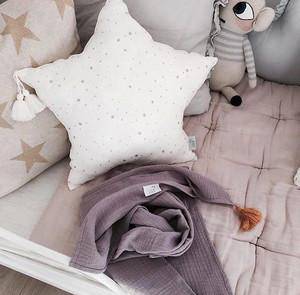 Muslin Star Pillow Large - White