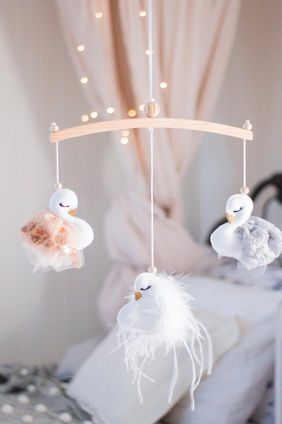Swan baby mobile-  Lace & Tulle