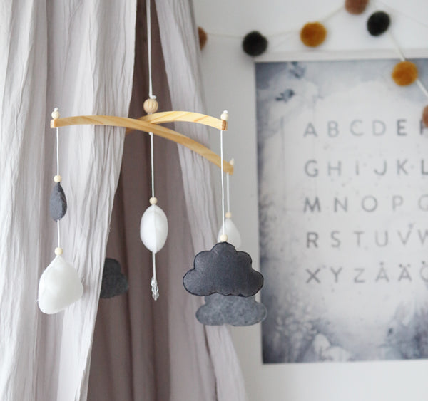 Grey & white crystal raindrop cloud mobile