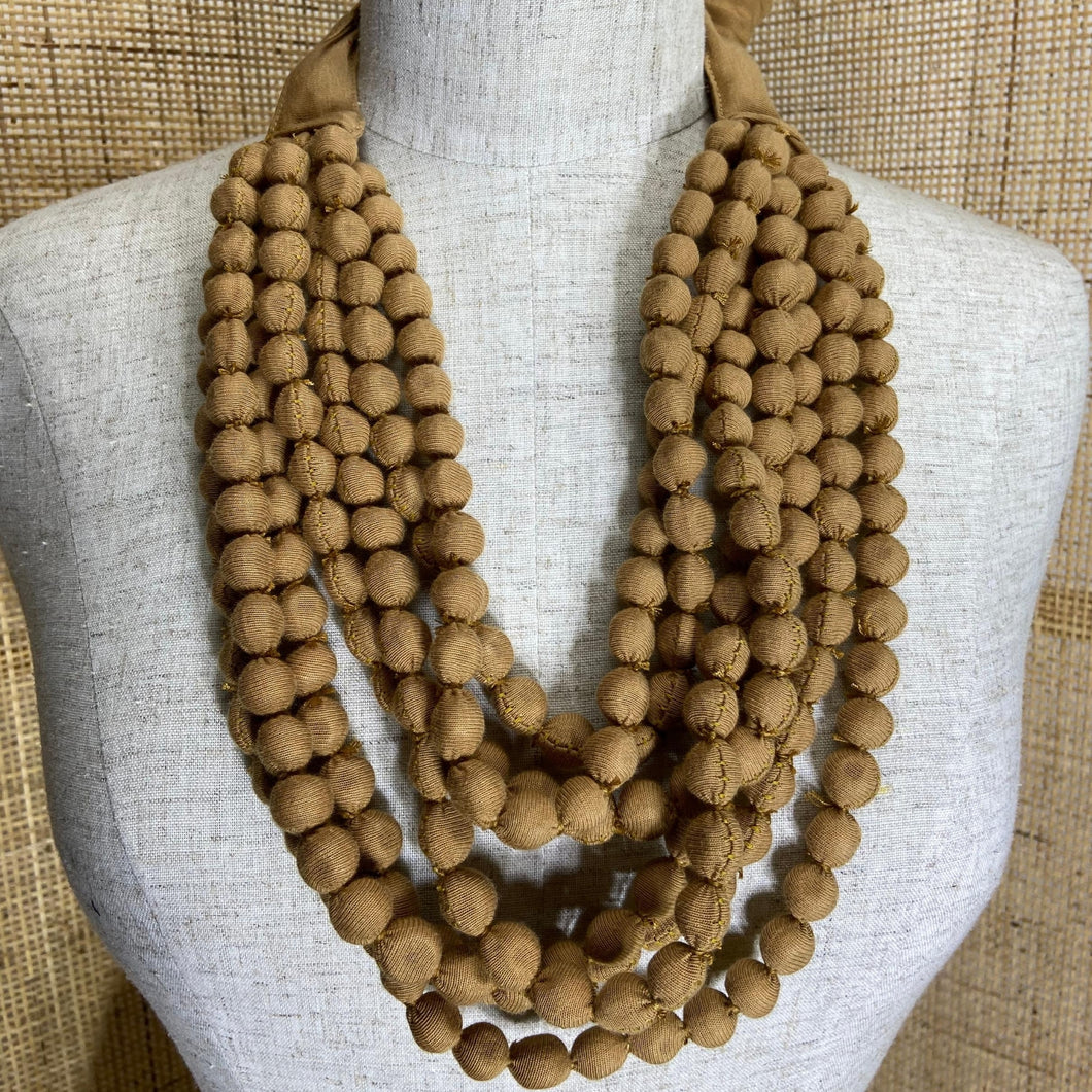 Isabis Necklace / Tan
