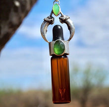 Dropper Bottle, Coyote Claws, Serpentine, Chrysoprase