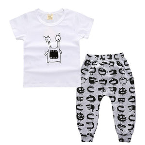 TZ-299 New Baby Boy Clothes 2pcs Short Sleeve T-Shirts Top + Pants Set Attire Costumes from The character printing 2018 bebe set-eosegal