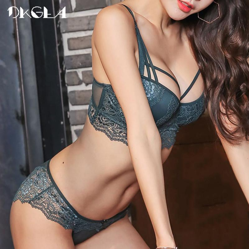 New Top Sexy Underwear Set Cotton Push-up Bra and Panty Sets 3/4 Cup Brand Green Lace Lingerie Set Women Deep V Brassiere Black-eosegal