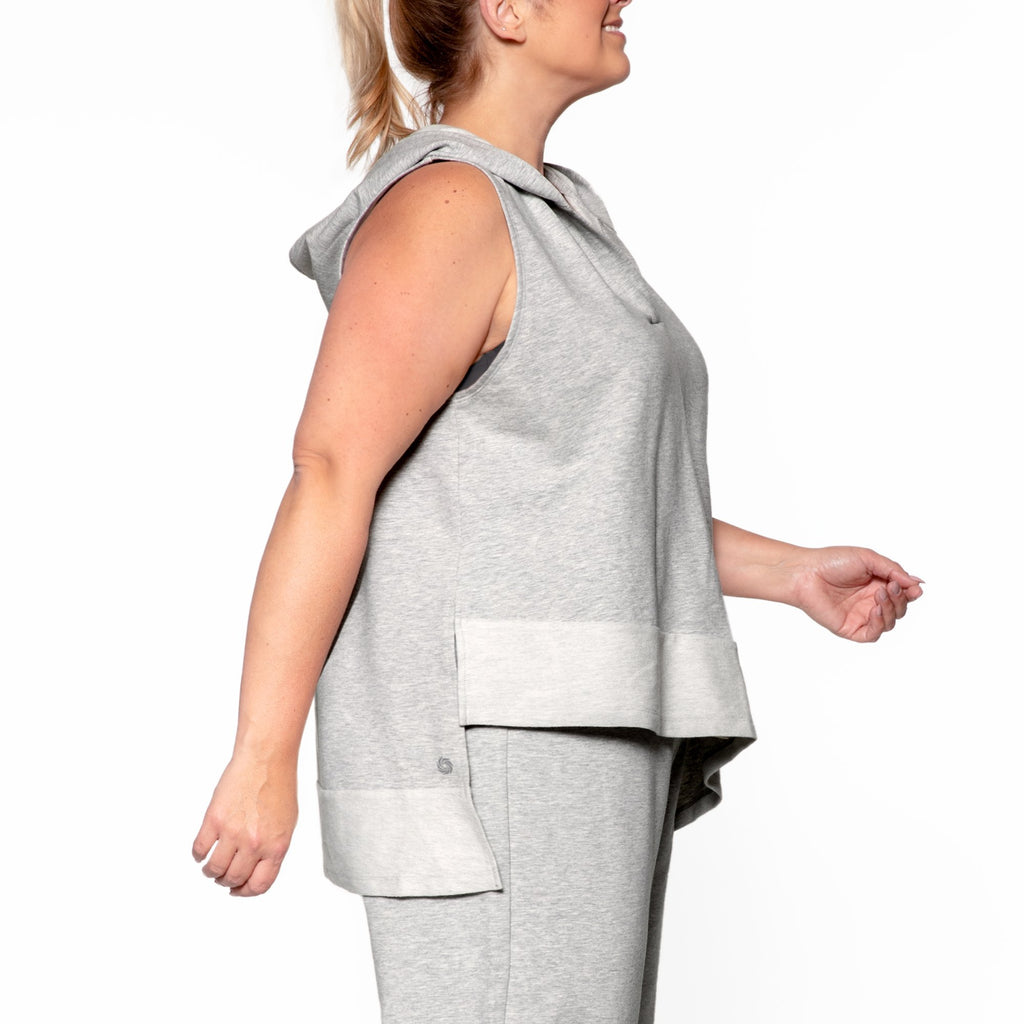 gray and white plus size hoodie sleeveless