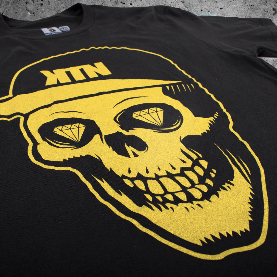 'Skull' T-Shirt - Gold Flake