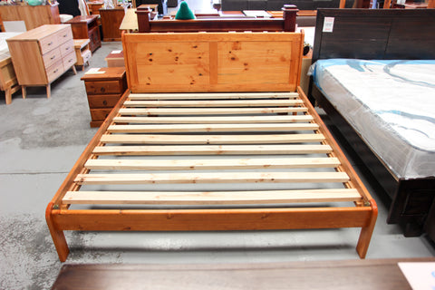 Cody King Bed