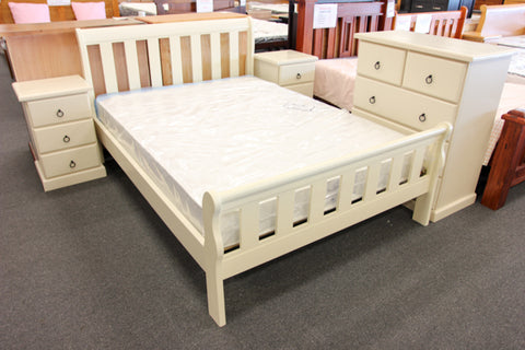 Crescent Double Bed (Slatted)