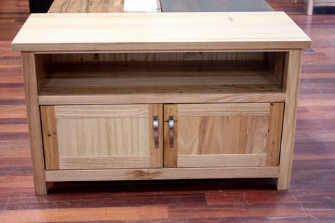Chestnut 2DR TV Unit