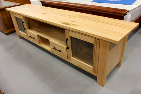 Vic Ash 2.2M TV Unit