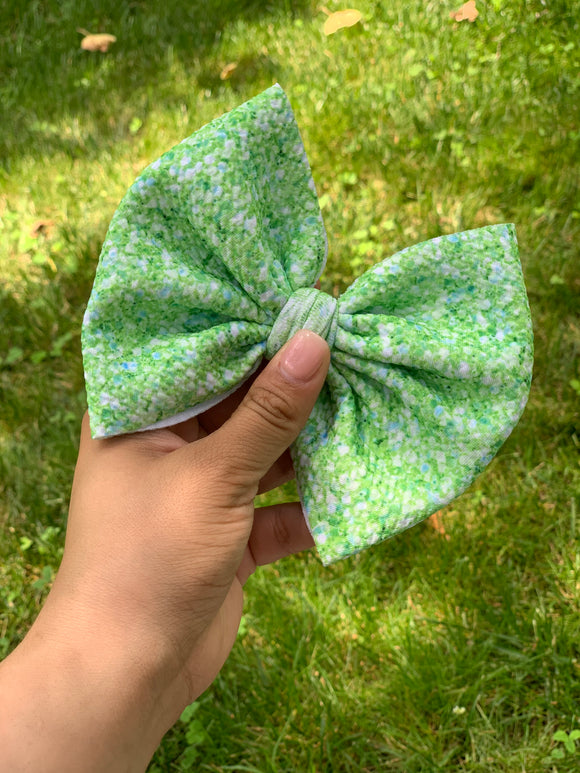 "RTS green faux glitter  6"" bow"