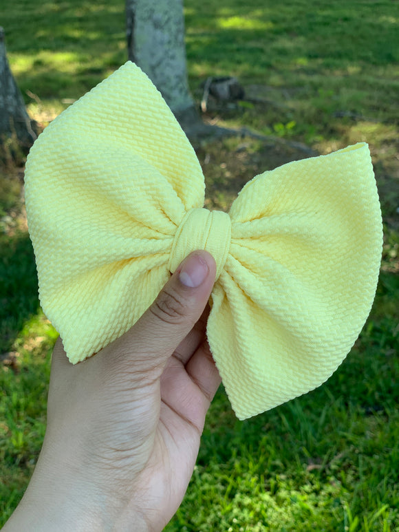 BANANA YELLOW BOW