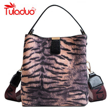 Load image into Gallery viewer, Faux tiger printed bags