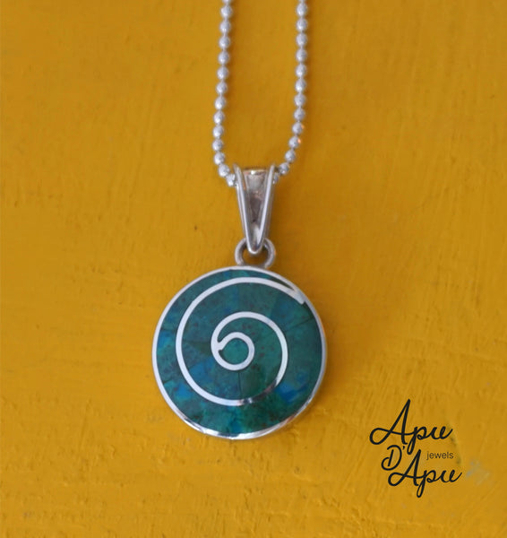 pachamama with green stone, peruvian silver jewelry