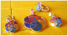 Load image into Gallery viewer, flower of life silver inlay jewelry set from Peru