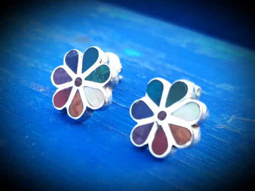 best flower mini studs, 950 silver and gemstones, handmade in Peru