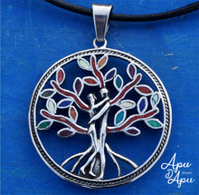 Load image into Gallery viewer, tree of life medal with loving couple entwined