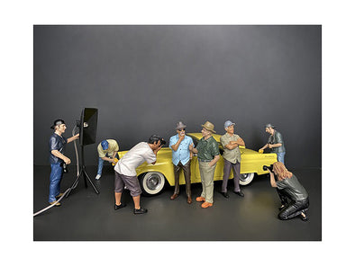 Weekend Car Show 8 piece Figurine Set for 1/24 Scale Diecast