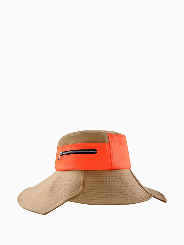 SPLIT WIDE BRIM BUCKET HAT