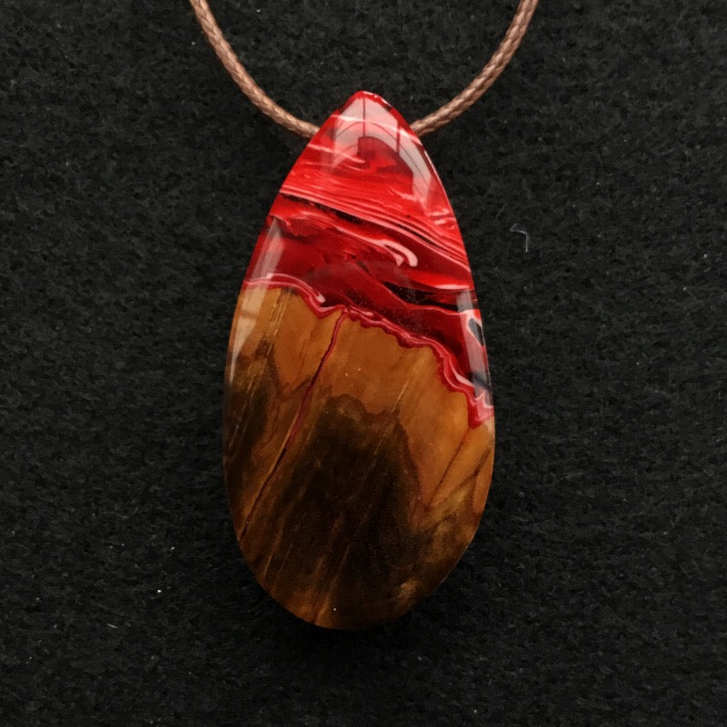 Red, Wood and Blue - Red Teardrop [T02]